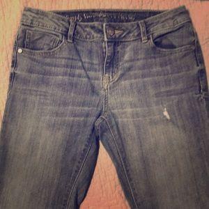 Vera Wang roll cuff Capri jeans
